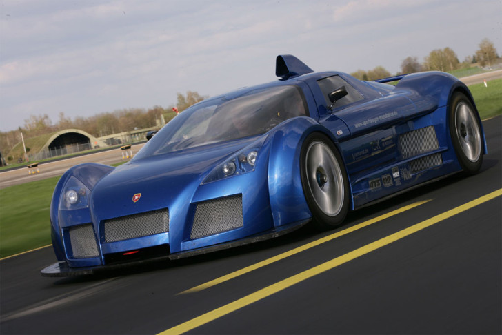 Gumpert Apollo - one of the Fastest Cars in the World