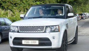 Phil-Jones-and-his-Range-Rover-are-one-of-the-Top-8-Best-Manchester-United-Players-Cars