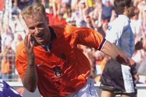 Dennis Bergkamp is one of the Top 10 Great Footballers To Have Never Won A Major International Trophy
