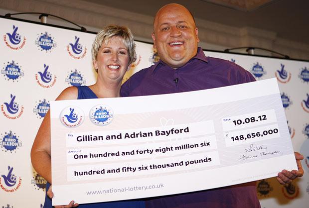 £148,656,000 won by Gillian and Adrian Bayford